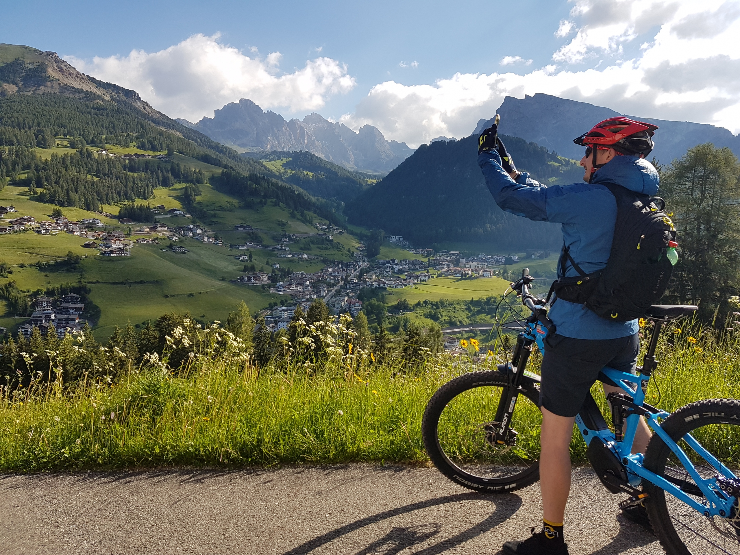 cicloturismo dolomiti val gardena