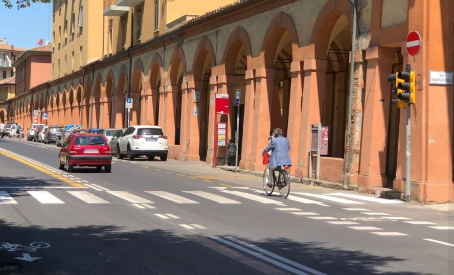bologna bike to work pista ciclabile