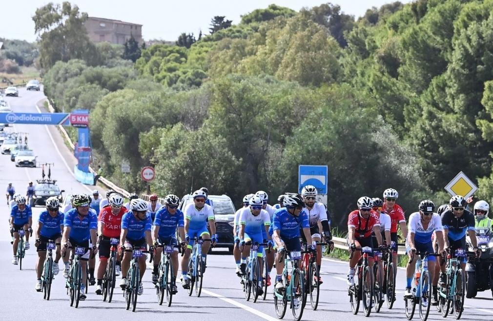 Il Giro E è partito insieme al Giro d'Italia