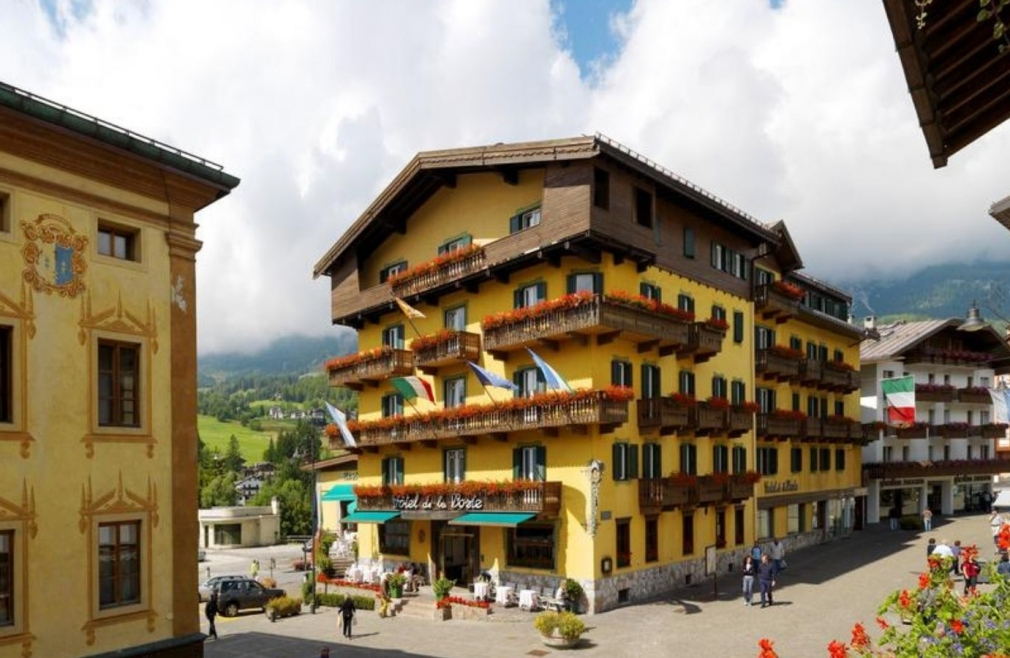 L'Hotel de La Poste a Cortina è un bike hotel nelle Dolomiti