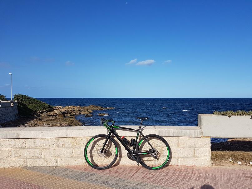 L'itinerario cicloturistico che porta a Mazara parta del lungomare di Marsala