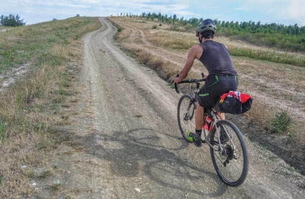 milano chiavari cicloturismo gravel