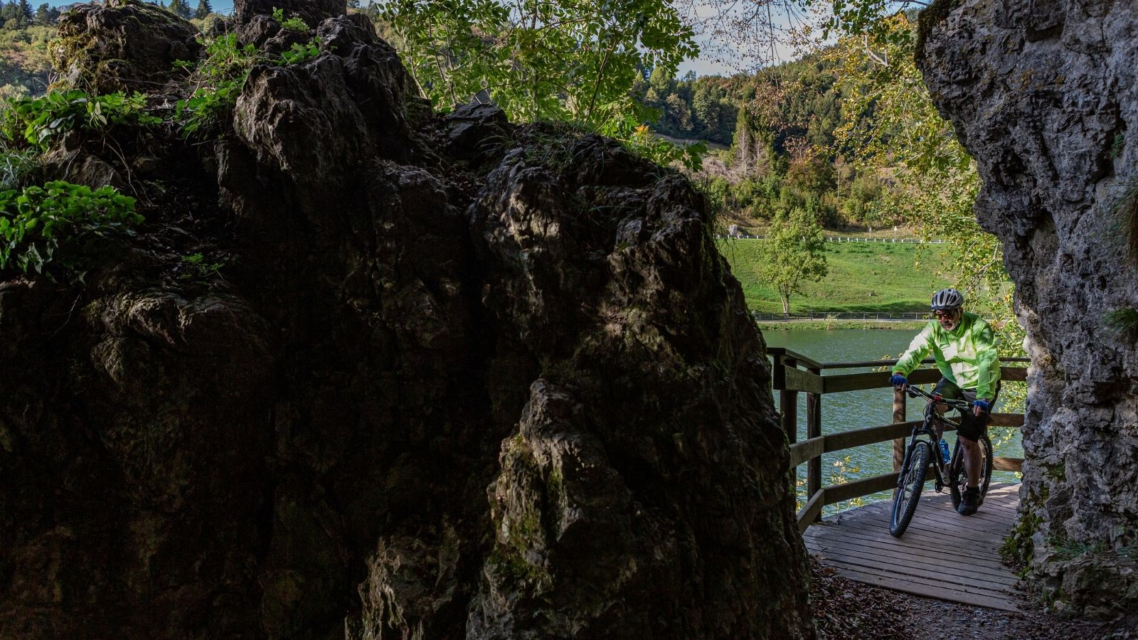 lago roncone cicloturismo trentino